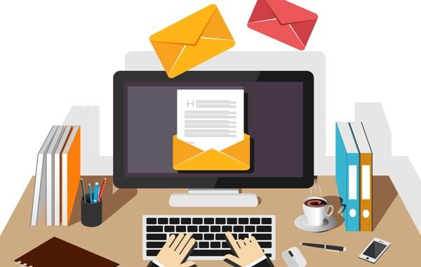 """営業活動する上で気になる """"営業メール"""" の最適な頻度は?"""